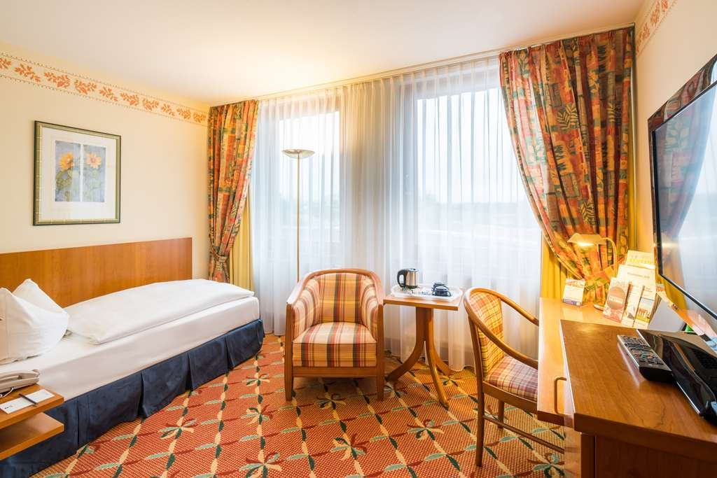 Best Western Hotel Erfurt-Apfelstaedt - Guest room