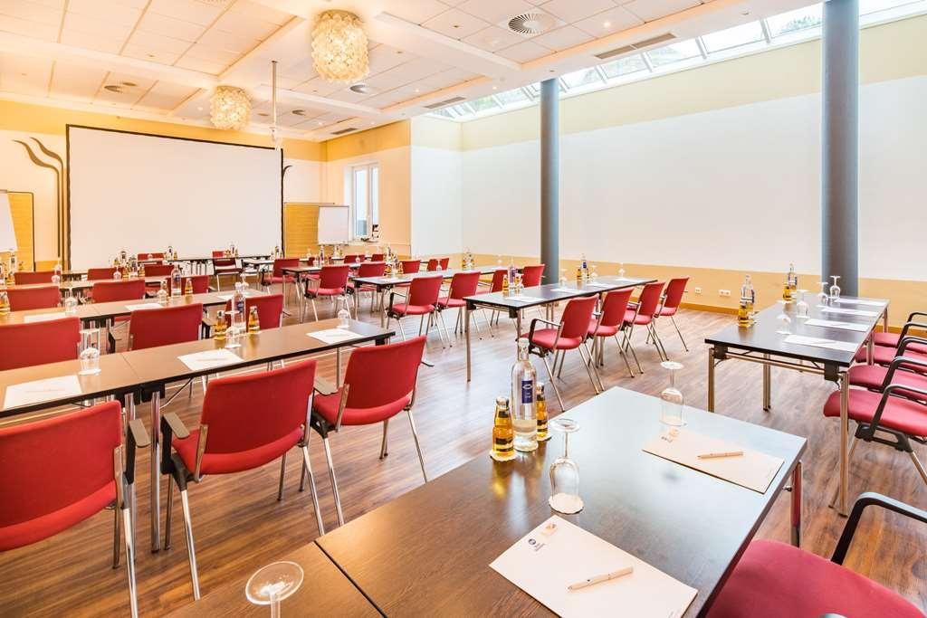 Best Western Amedia Frankfurt Airport - Meeting room