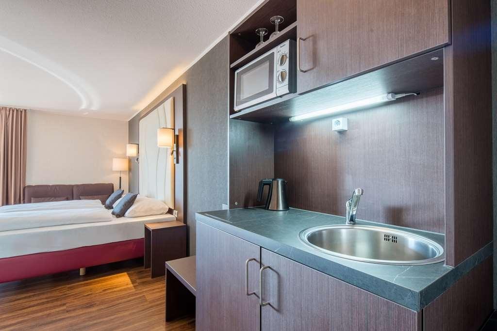 Best Western Amedia Frankfurt Airport - Guest room amenity