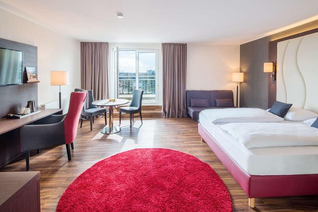 Best Western Amedia Frankfurt Airport - Guest room