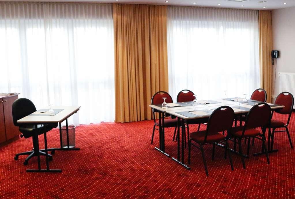 Best Western Amedia Frankfurt Ruesselsheim - meeting room