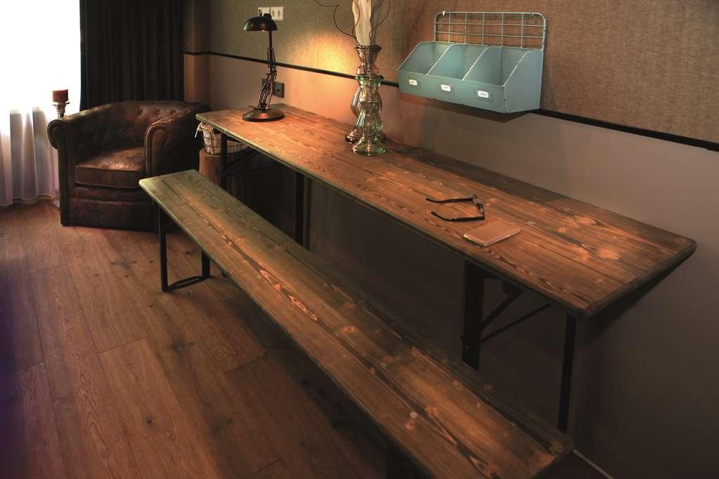Best Western loftstyle Hotel Stuttgart-Zuffenhausen - Guest Room Amenities