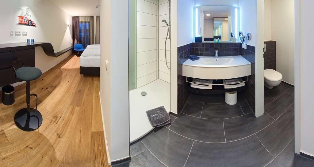 V8 Hotel Motorworld Region Stuttgart, BW Premier Collection - Chambres / Logements