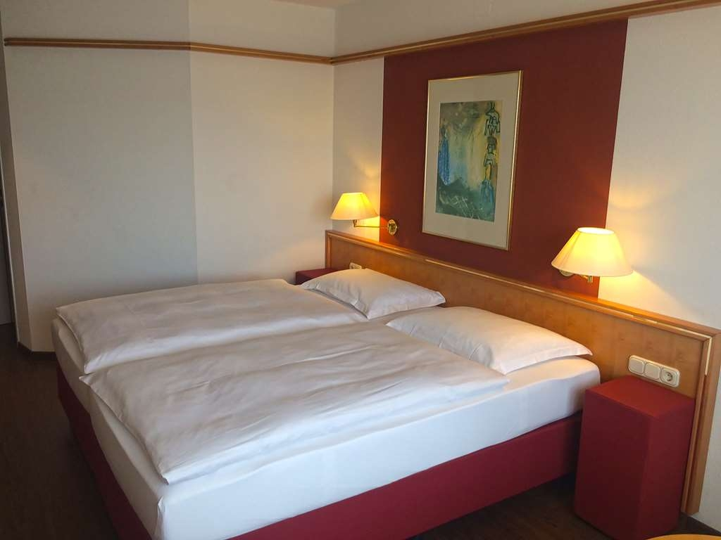 Amedia Hotel Weiden, Sure Hotel Collection by Best Western - Guest Room