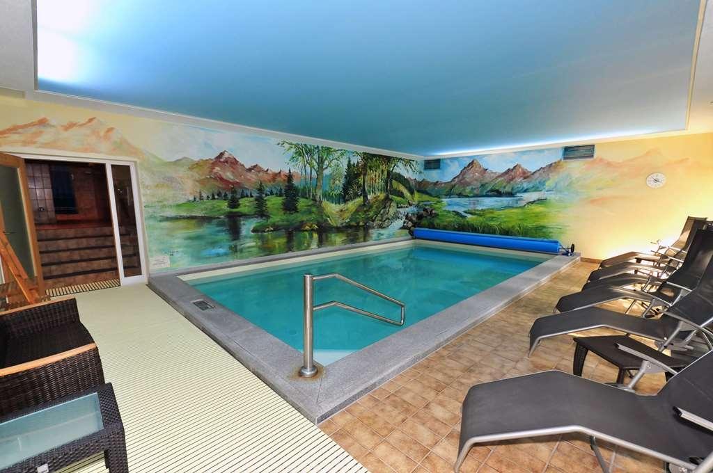 Best Western Hotel Antoniushof - Poolansicht