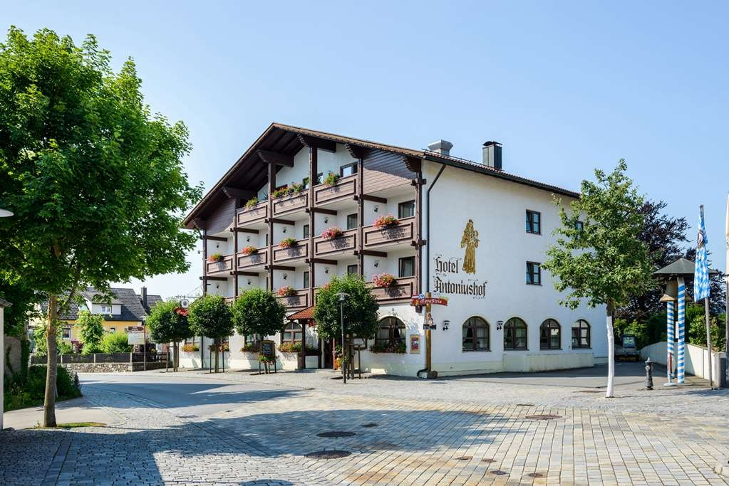 Best Western Hotel Antoniushof - Façade