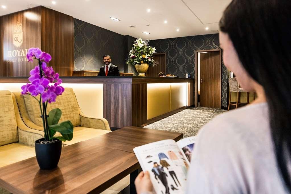 Best Western Plus Royal Suites - Vue du lobby
