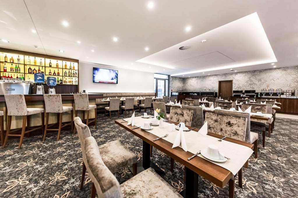 Best Western Plus Royal Suites - Restaurante/Comedor