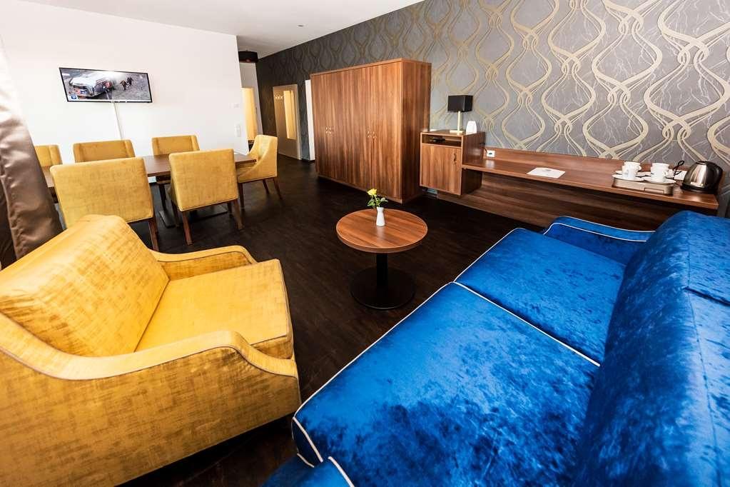 Best Western Plus Royal Suites - Camere / sistemazione