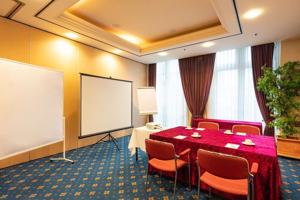 Amedia PLAZA Schwerin, Sure Hotel Collection by Best Western - Salle de réunion