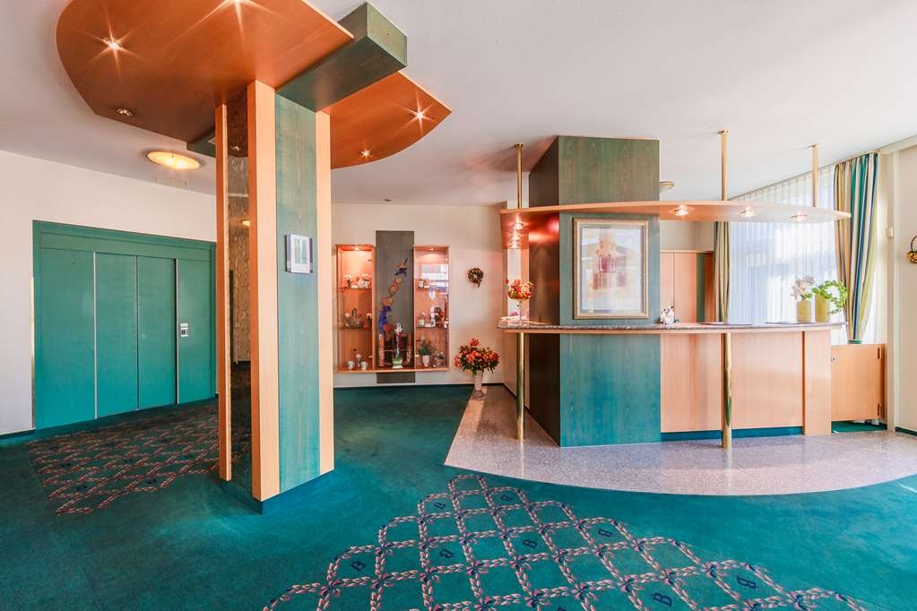 PLAZA Hotel Blankenburg Ditzingen, Sure Hotel Collection - Lobby