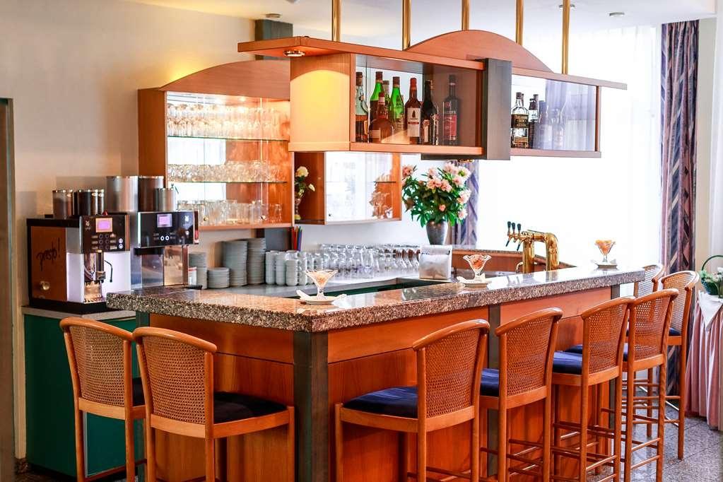 PLAZA Hotel Blankenburg Ditzingen, Sure Hotel Collection - Bar