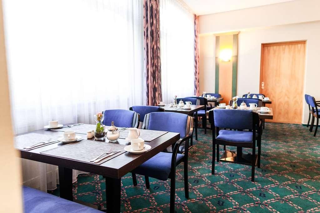 PLAZA Hotel Blankenburg Ditzingen, Sure Hotel Collection - Restaurant