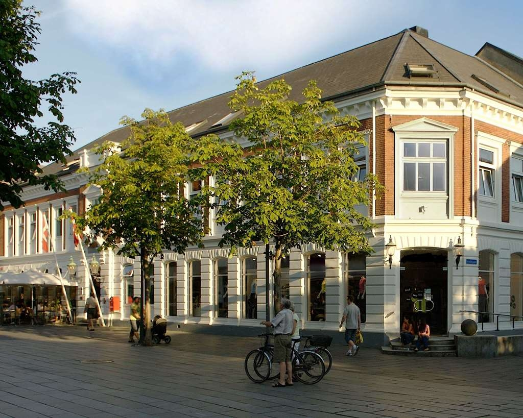 Best Western Plus Hotel Eyde - The historical hotel was built in 1839 as the third building ever built in Herning.