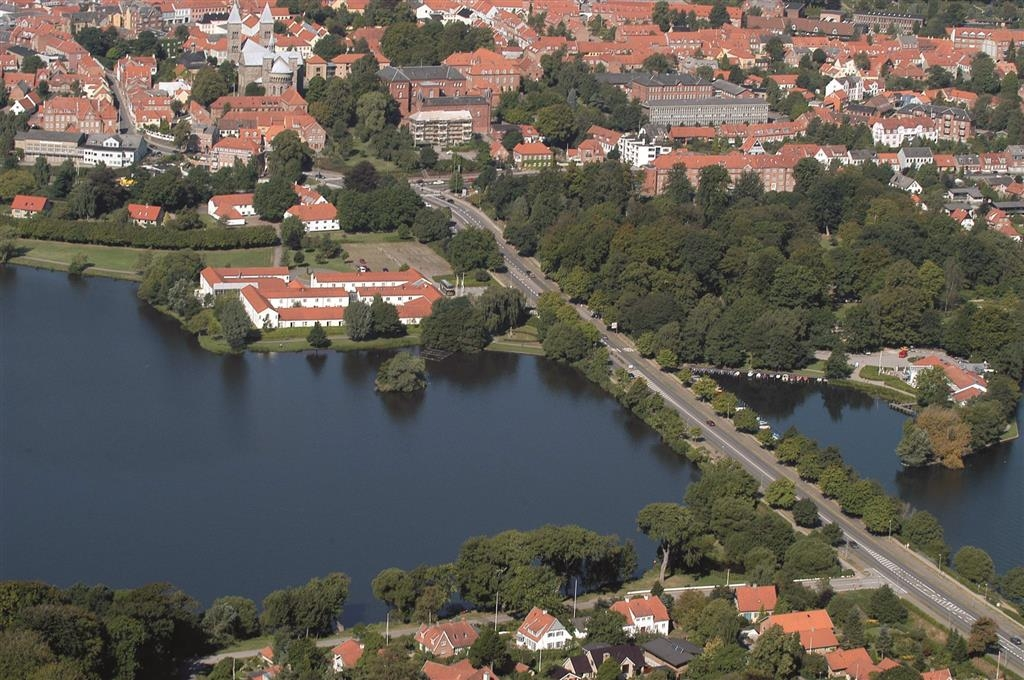 Best Western Golf Hotel Viborg - Best Western Golf Hotel Viborg is beautifully situated on the Northern Lake.
