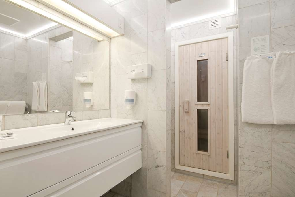 Best Western Golf Hotel Viborg - Superior Guest Bathroom