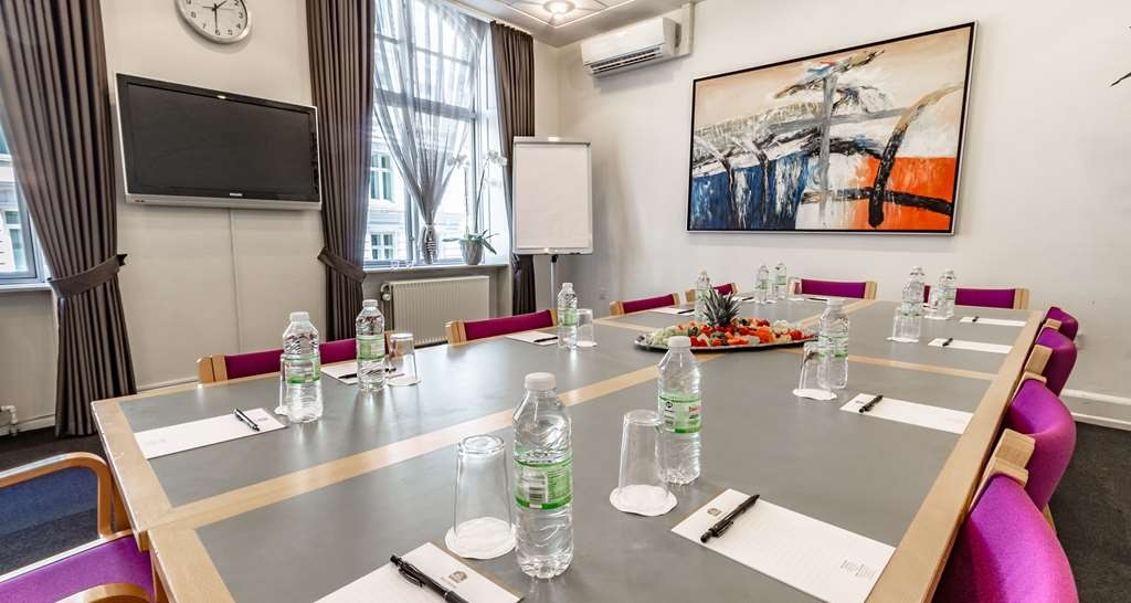 Best Western Hotel Hebron - Meeting Room
