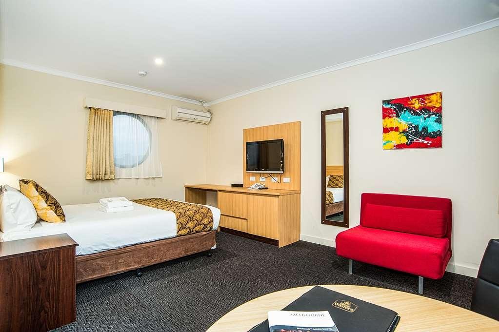 Best Western Mahoneys Motor Inn - Queen Room