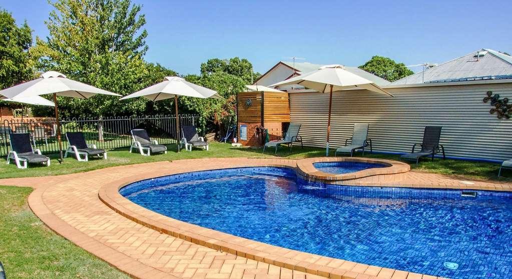 Best Western Heritage Motor Inn - Vue de la piscine