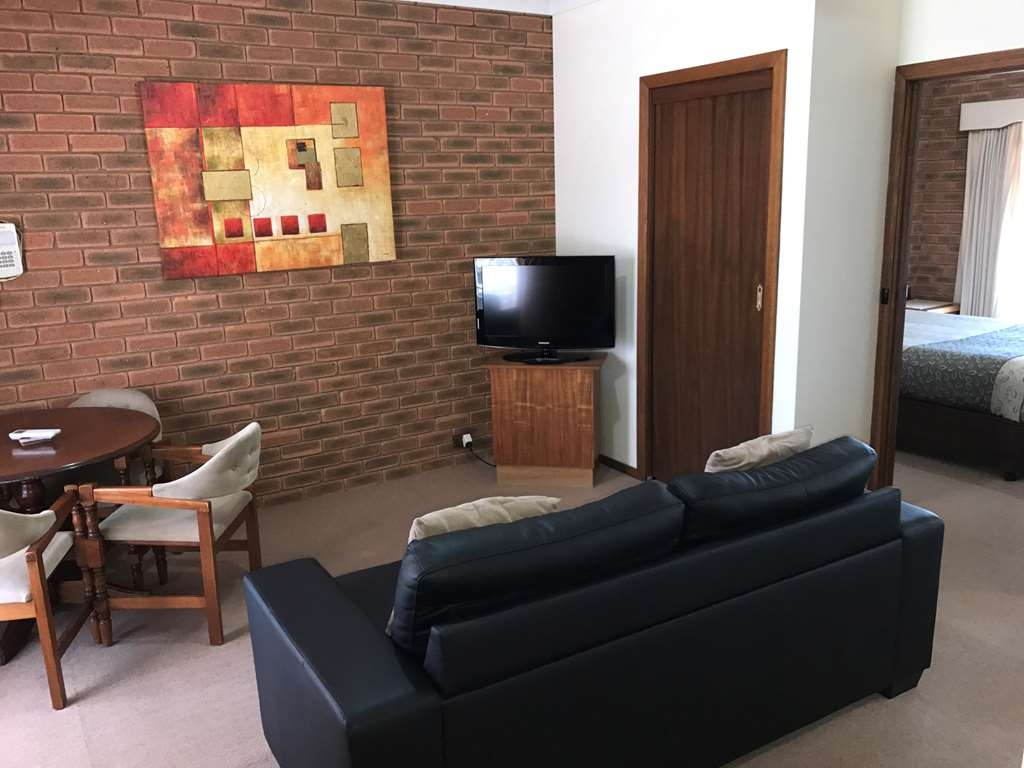 Best Western Heritage Motor Inn - Suite