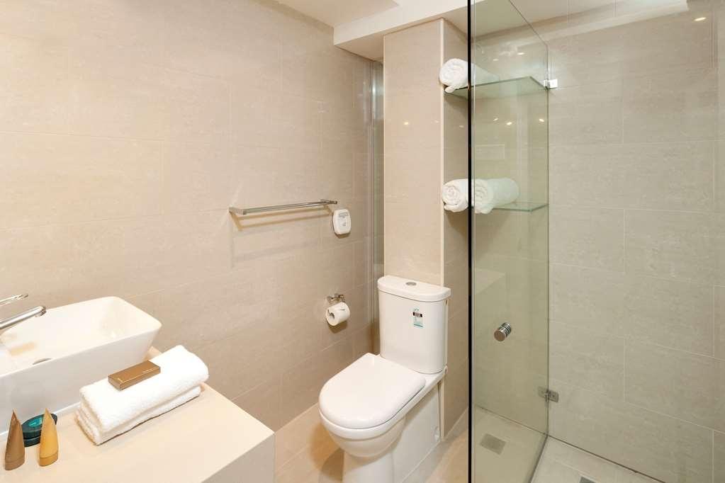Best Western Plus Hotel Stellar - 3 Bedroom Apartment - Main Bathroom
