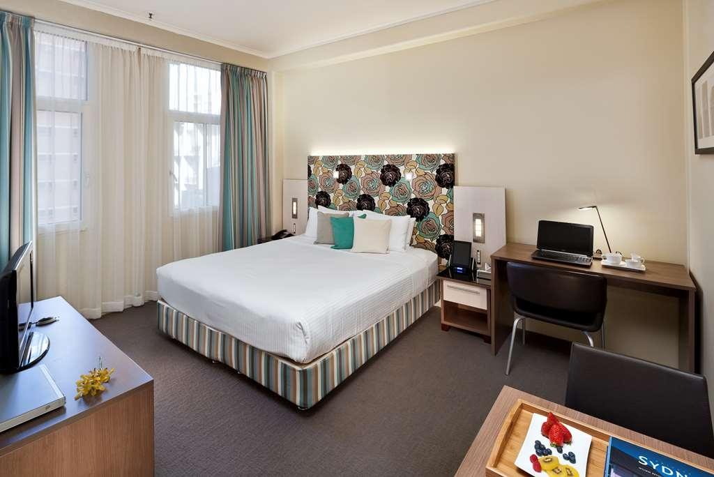 Best Western Plus Hotel Stellar - King Studio - or Twin Beds (24hr notice)