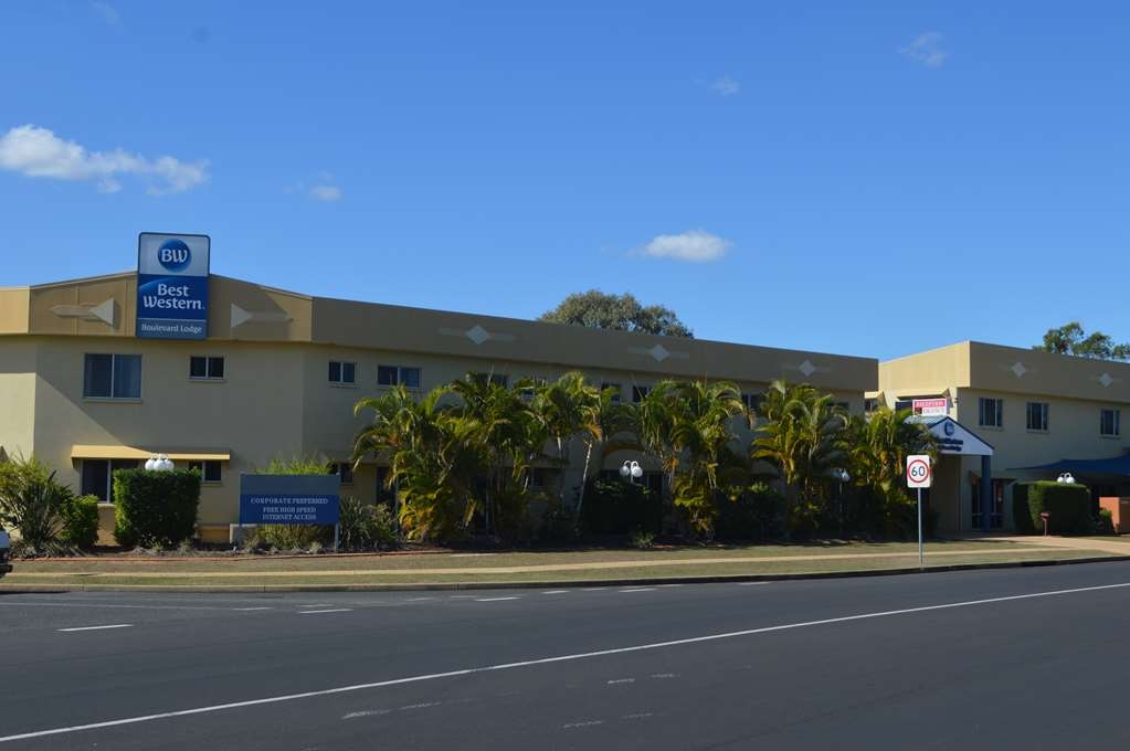 Best Western Boulevard Lodge - Hotel Front