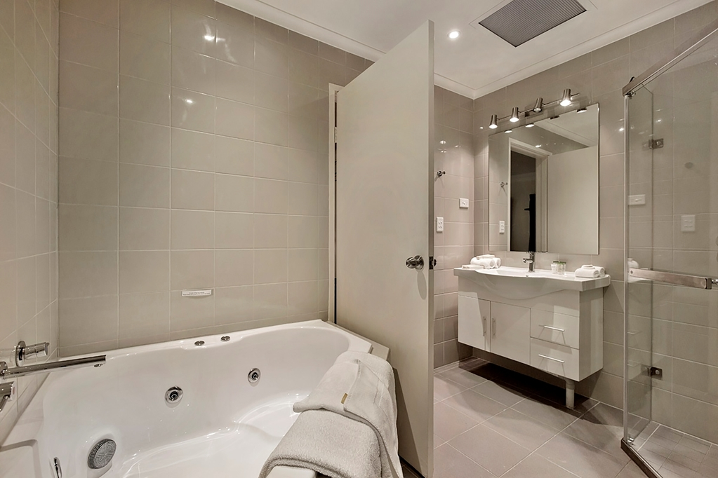 Best Western Plus Buckingham International - Badezimmer