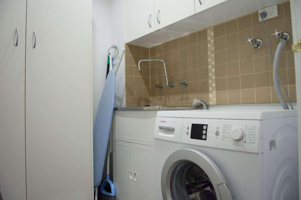 Best Western Plus Buckingham International - washing
