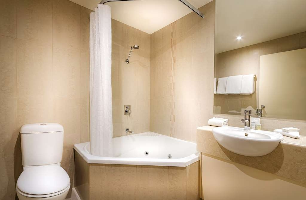 Best Western Plus Travel Inn Hotel - Bagno