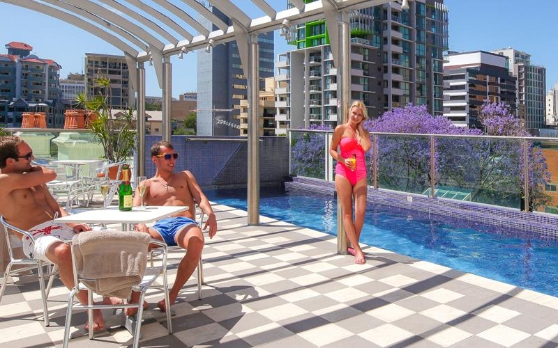Best Western Astor Metropole Hotel & Apartments - Pool Feature
