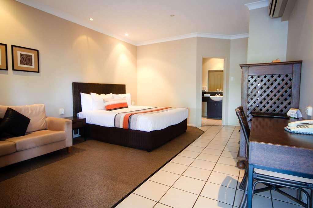 Best Western Bungil Creek Motel - King Spa Guest Room