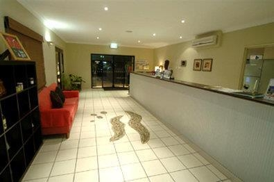 Best Western Bungil Creek Motel - Reception Desk