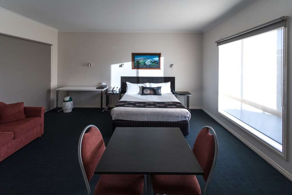 Best Western Mill Park Motel - Queen Spa Room