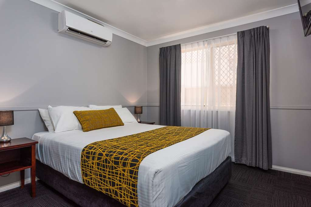 Best Western Plus The Stirling Rockhampton - Queen Villa