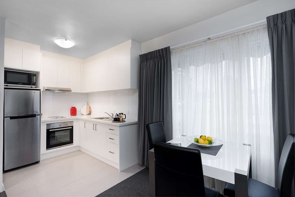 Best Western Fawkner Suites & Serviced Apartments - cuisine appartement