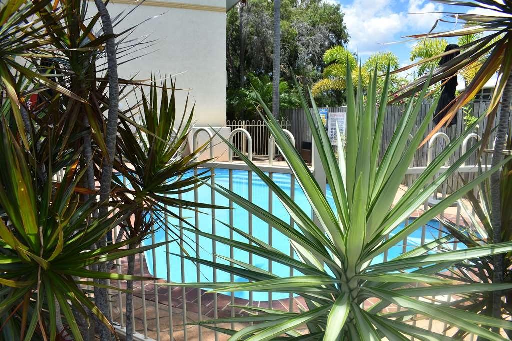 Best Western Kimba Lodge Motel - Vista de la piscina
