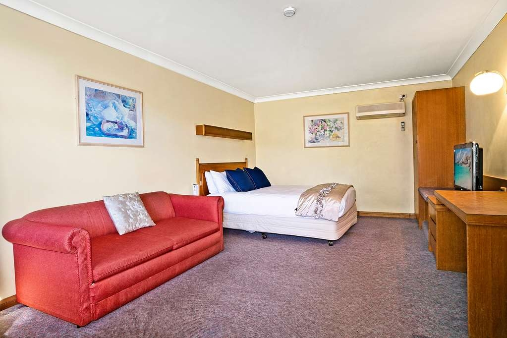 Best Western Sanctuary Inn - Economy Room