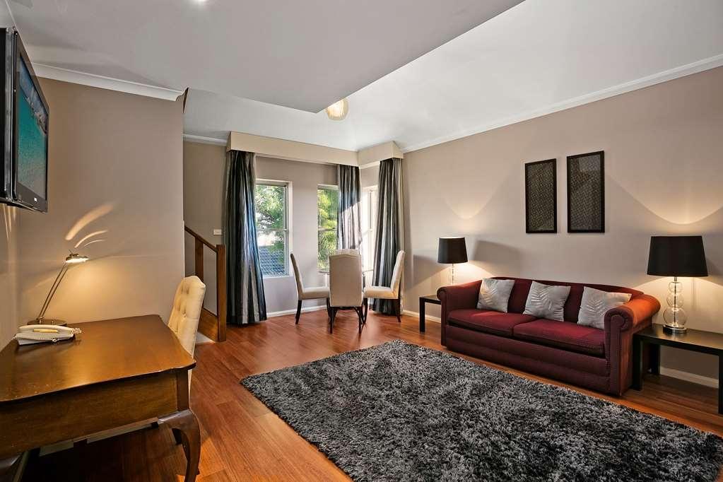Best Western Sanctuary Inn - Loft Room - Living Area