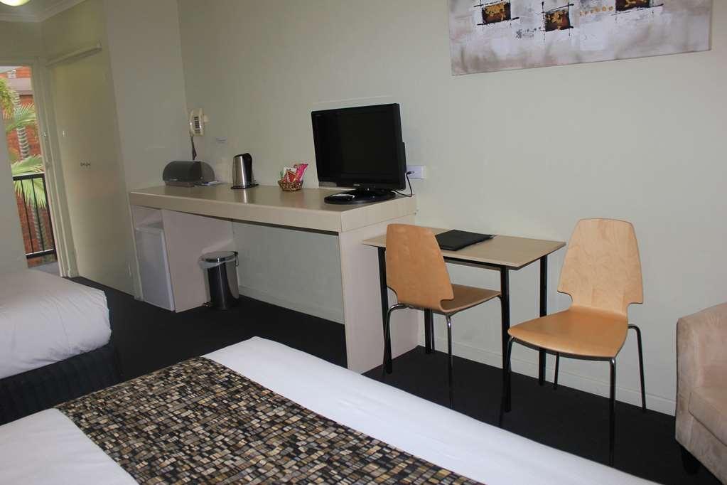 Best Western Ipswich - Standard Guest Room