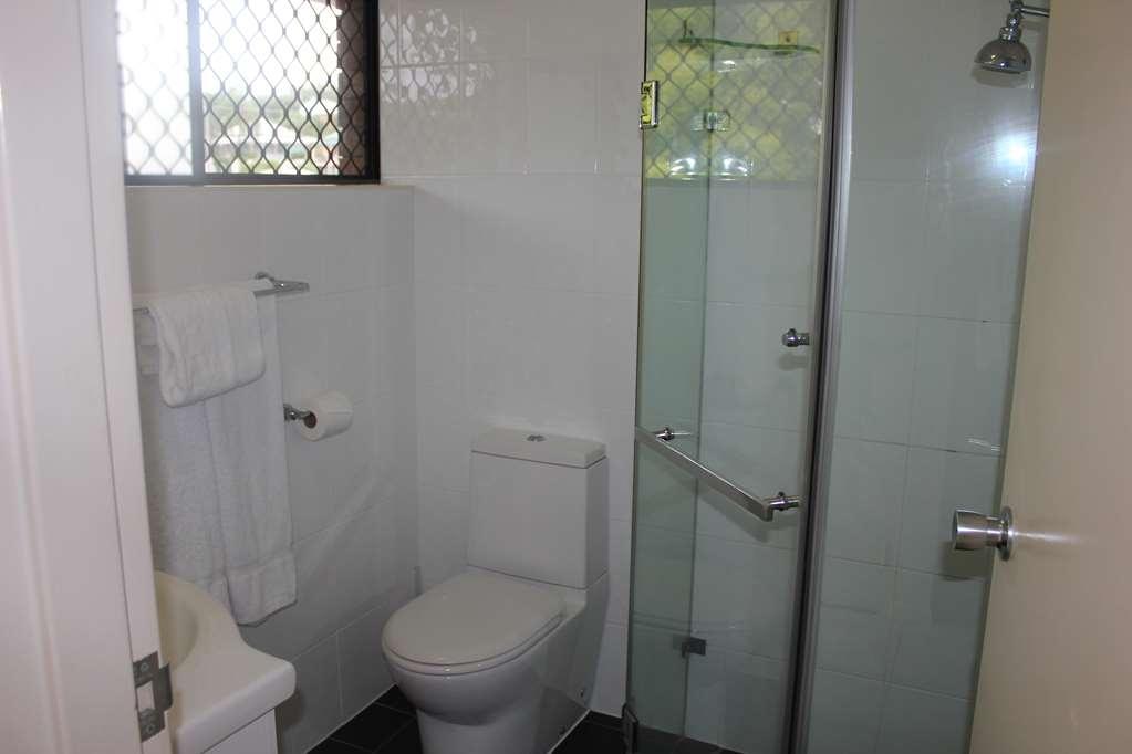 Best Western Ipswich - Bathroom