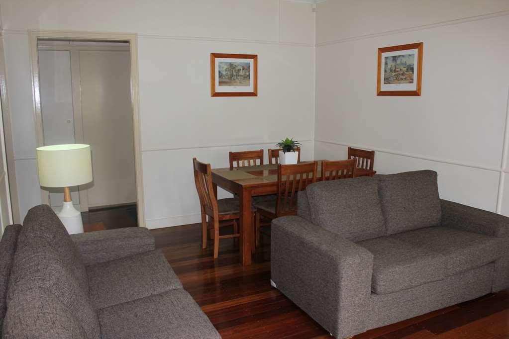 Best Western Ipswich - House - Dining Room