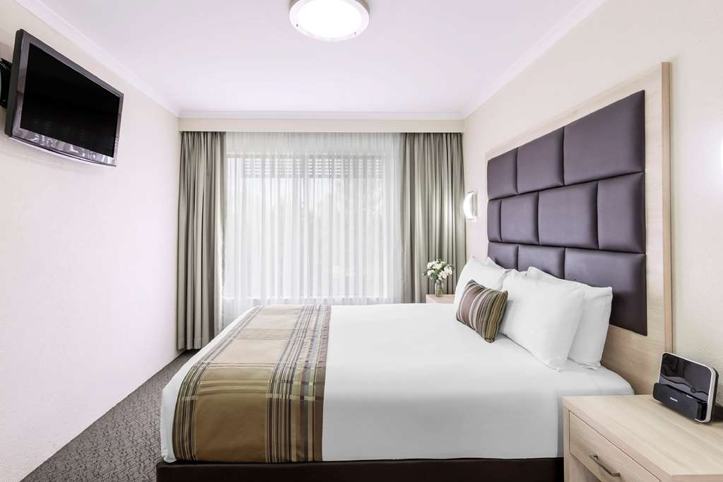 Best Western Plus Garden City Hotel - Suite