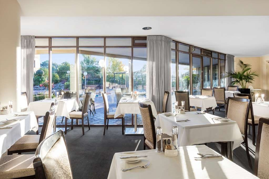 Best Western Plus Garden City Hotel - Restaurant / Gastronomie