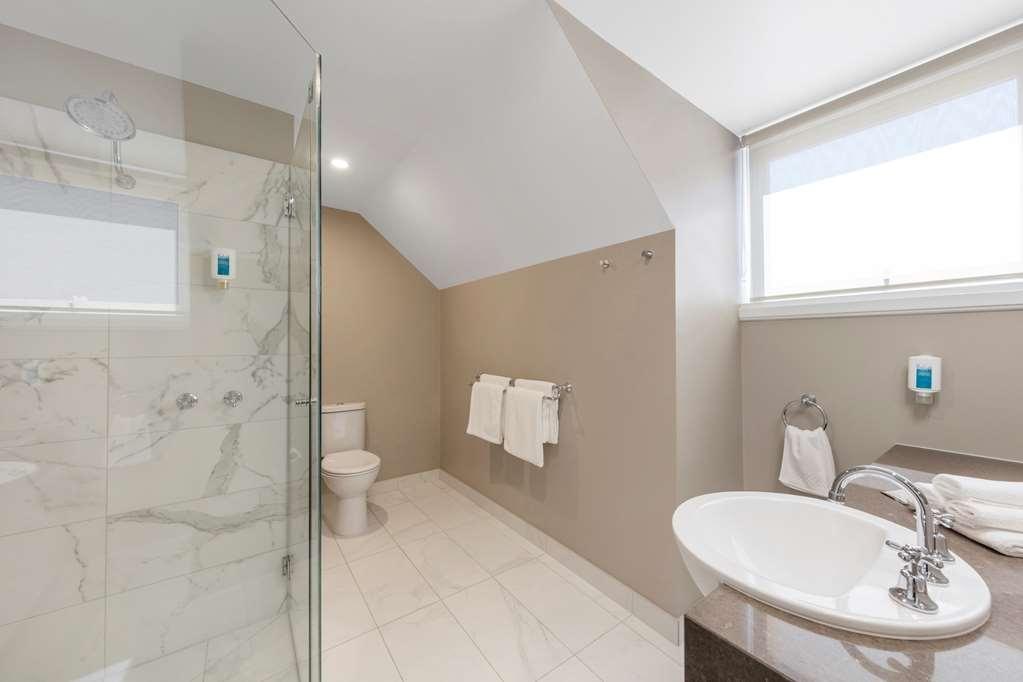 Best Western Olde Maritime Motor Inn - Luxury Heritage Family Mezzanine Bathroom
