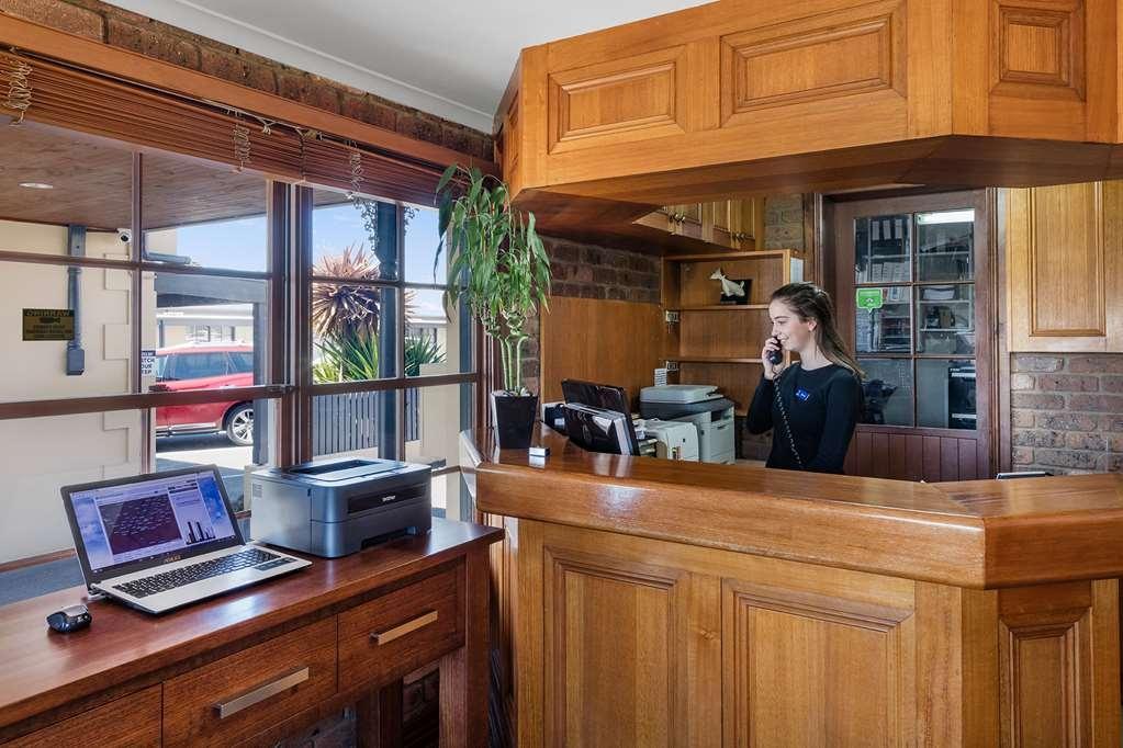 Best Western Olde Maritime Motor Inn - Vista del vestíbulo