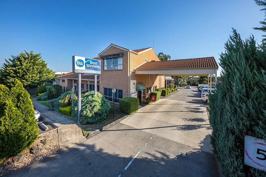 Best Western Airport Motel and Convention Centre - Aussenansicht