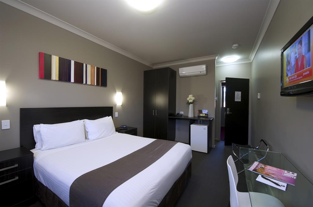 Best Western Blackbutt Inn - King Room