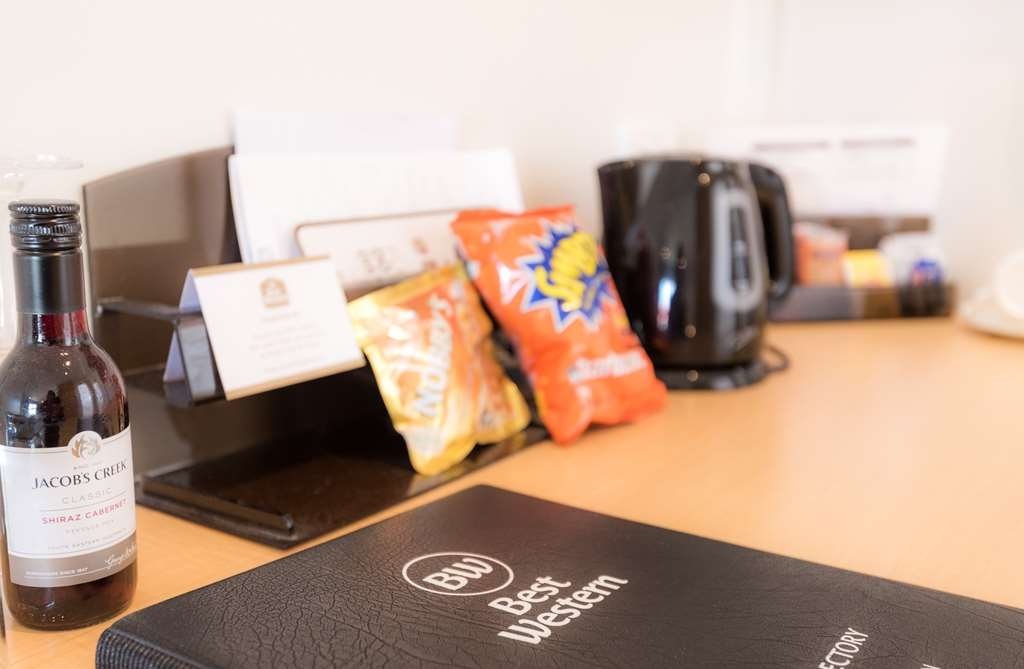 SureStay Collection by Best Western Hospitality Carnarvon - In room amenities