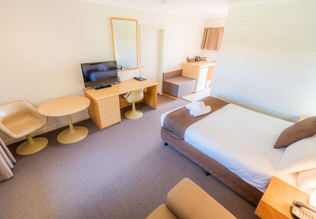 SureStay Collection by Best Western Hospitality Carnarvon - Executive Queen